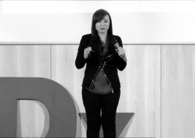 Elena ponente en Charlas TedX